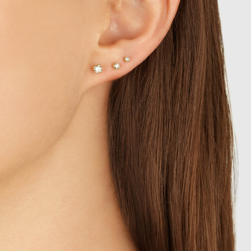 Cognac Diamond Stud in 9k Gold (3.2mm)