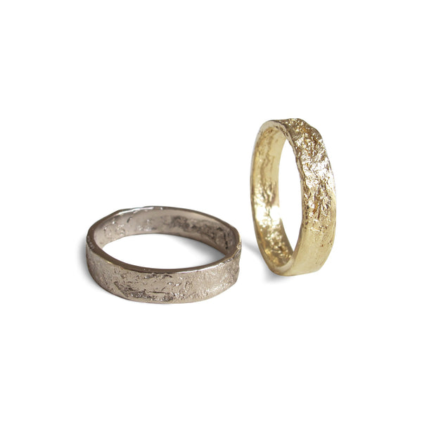 Men's Medium Paper Ring in 18-Carat Yellow Gold