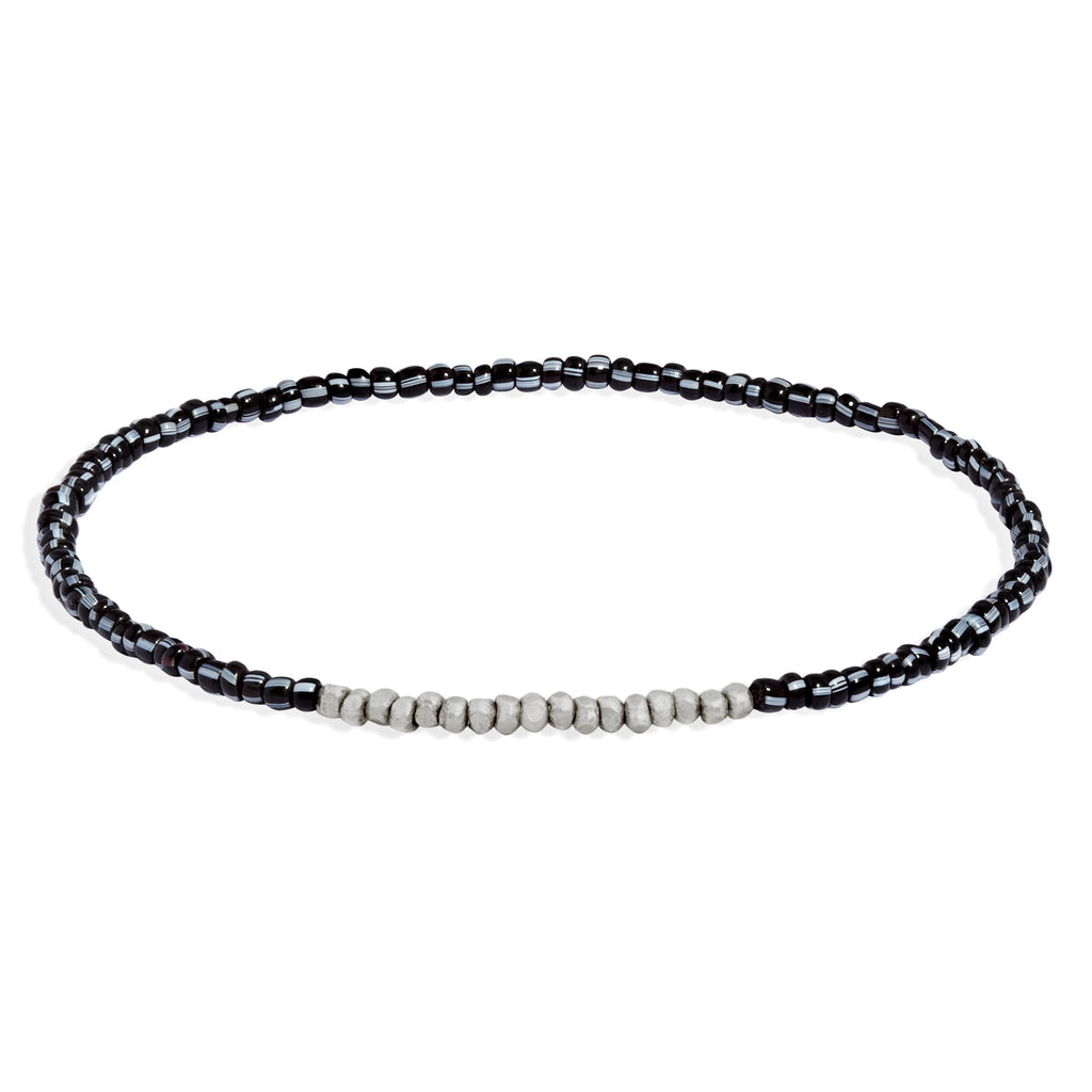 Women's Black and White Beaded Bracelet with White Gold