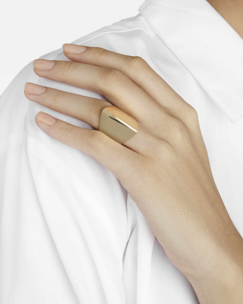 Ridge Ring in 9-Carat Gold
