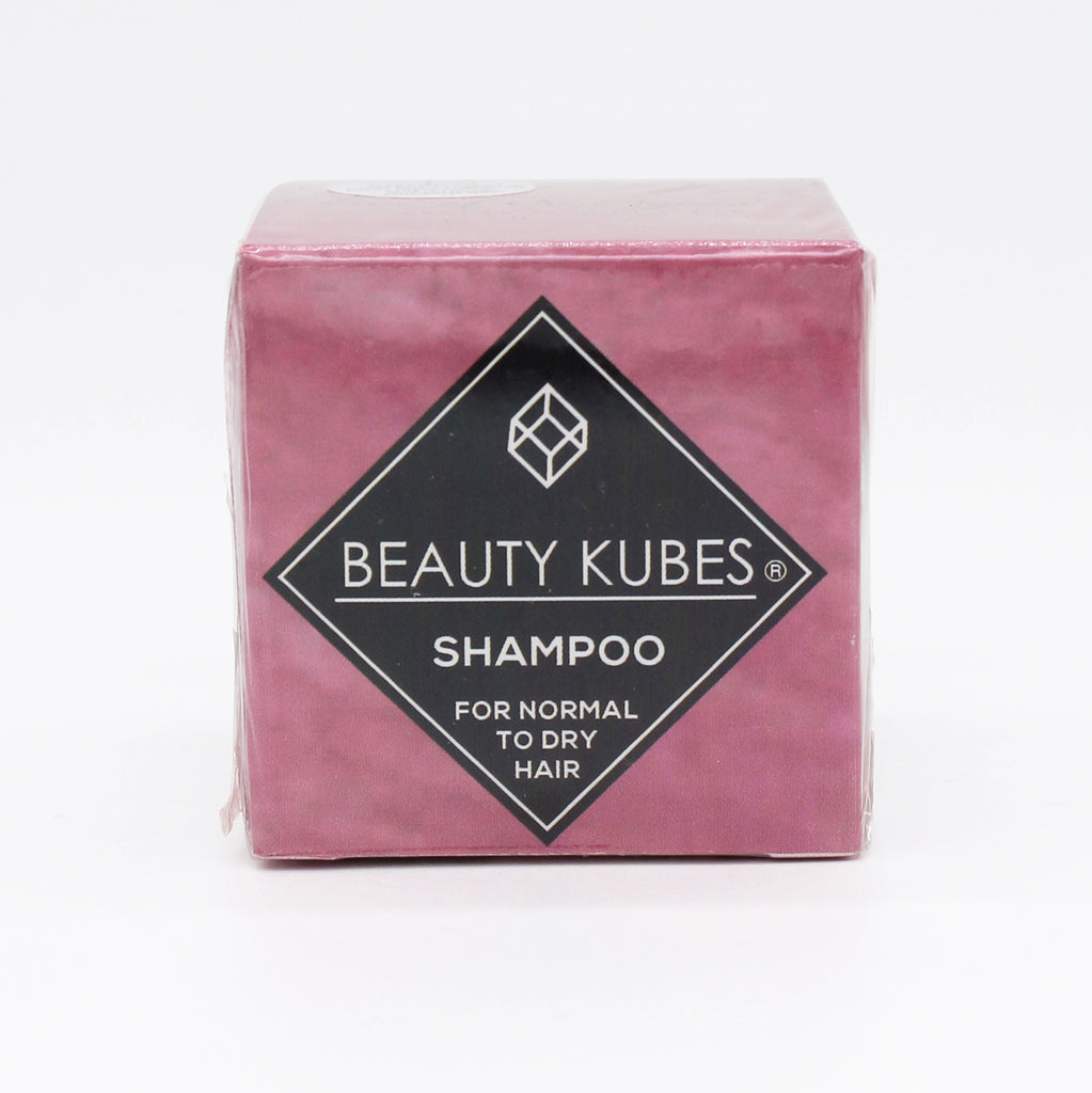 Vegan solid shampoo cubes for normal to dry hair. Made with 100% plastic-free ingredients and packaging. The shampoo is vegan-friendly, palm oil-free, sulphate free and silicone-free. Inside the box, you will find 27 cubes that each provide enough gentle cleansing power for 1 wash. 1 box = 27 washes. Travel. Zerowaste.