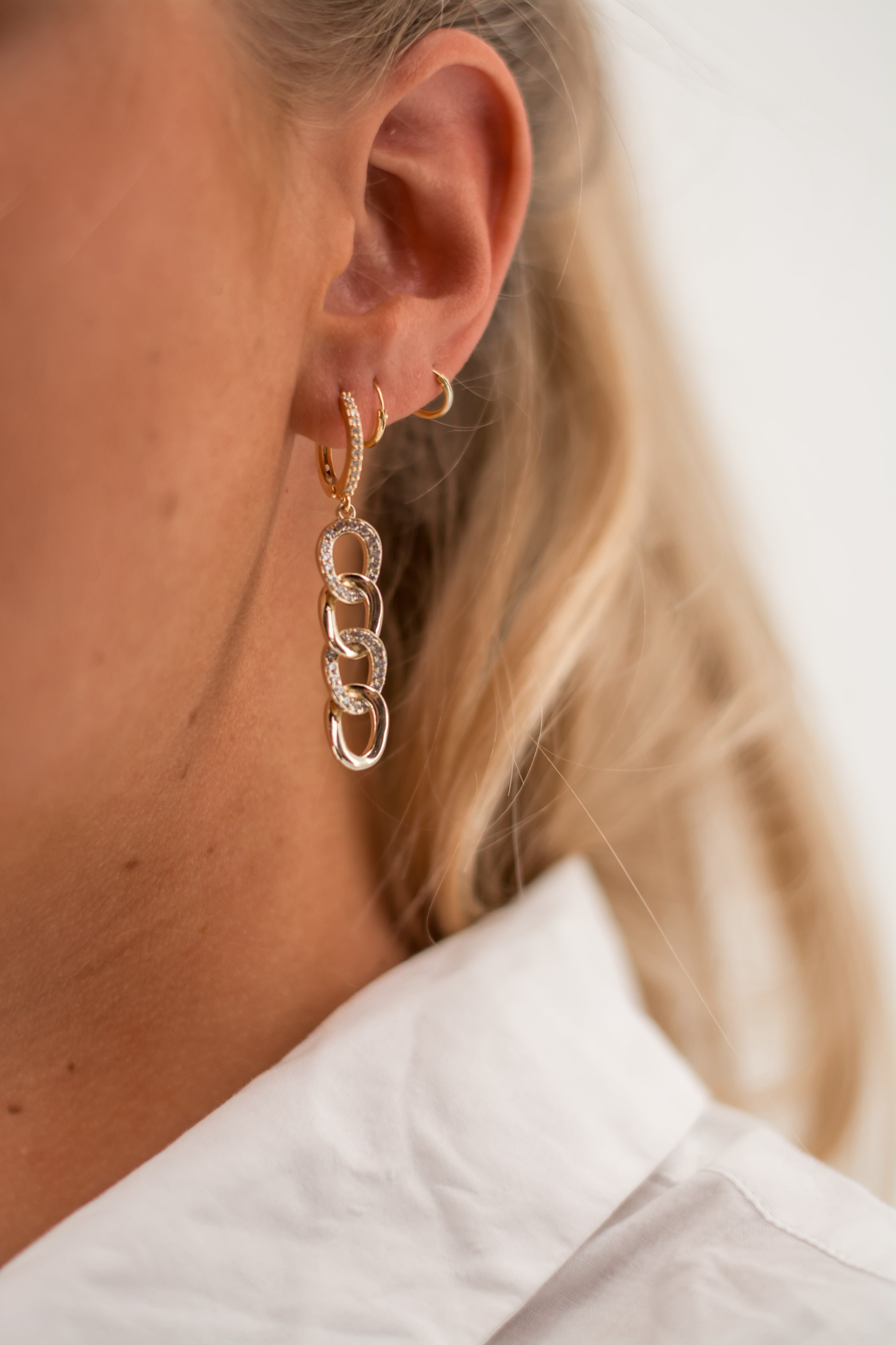 Boucles d'oreilles maillons diamants