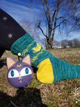 Load image into Gallery viewer, Moon Kitty Socks