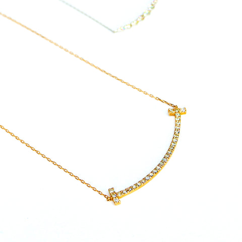 U-shaped 18K Chain with Diamonds