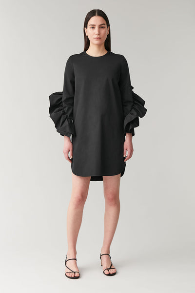 DRESS WITH SLEEVE RUFFLES