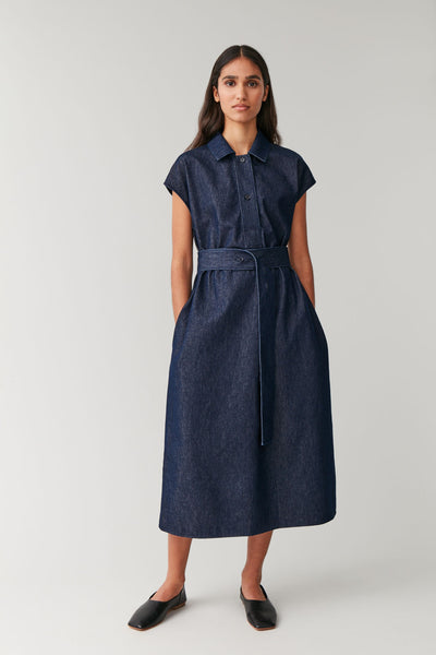 BELTED ORGANIC COTTON DENIM DRESS