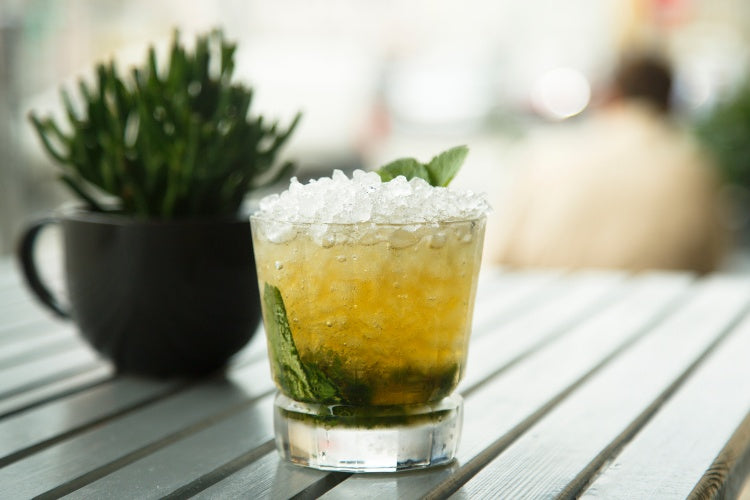 Mint Julep | Top Whiskey Cocktails | Dramson
