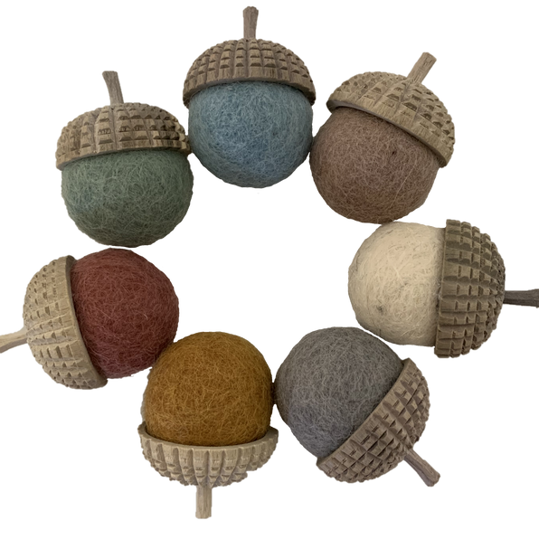 Earth Felt & Wood Acorns - Set of 7