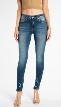Look closely super skinny jeans KC8376