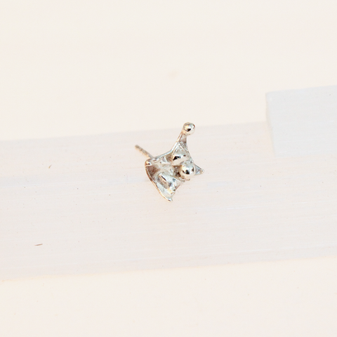 Eco Silver Single Stud (B)