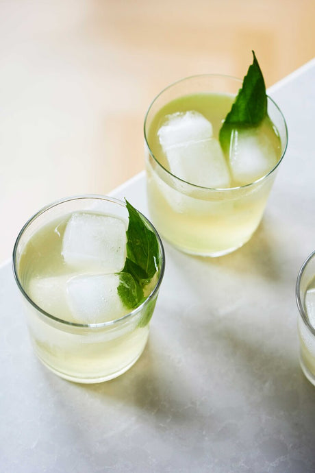 How to Make Green Tea & Basil Lemonade