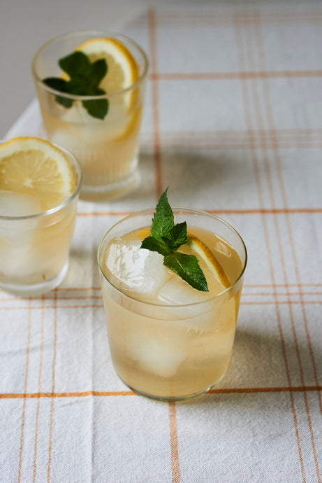 How to Make Lemon Verbena, Honey & Lemon Iced Tea
