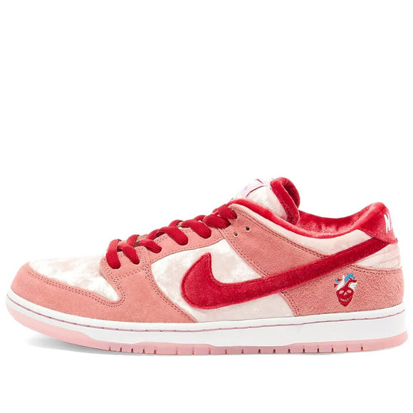 ZAPATILLAS NIKE SB DUNK LOW X STRANGELOVE