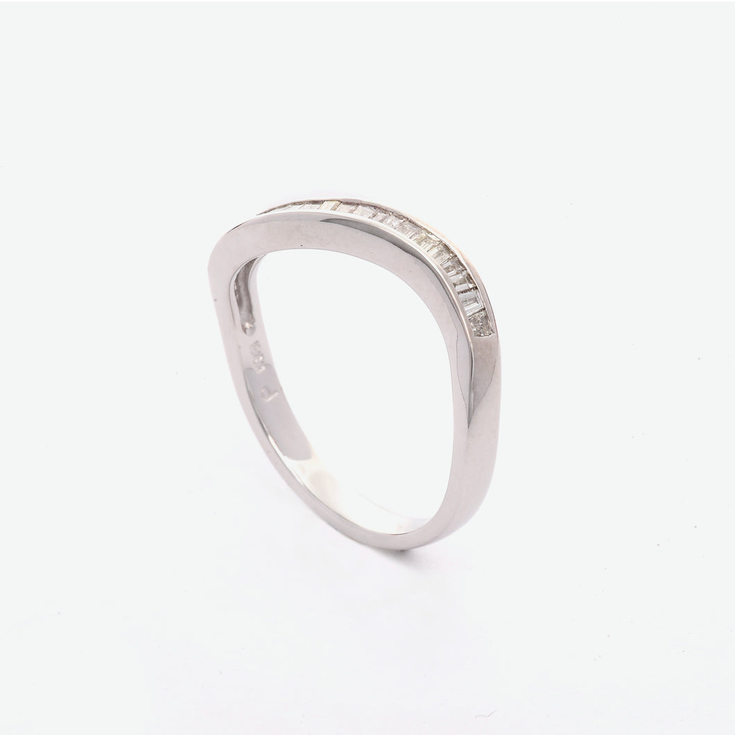 Serene Wave Diamond Ring - White Gold