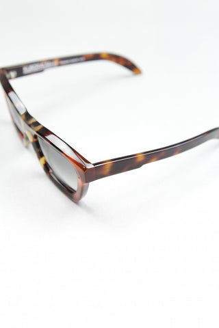 'C7' sunglasses