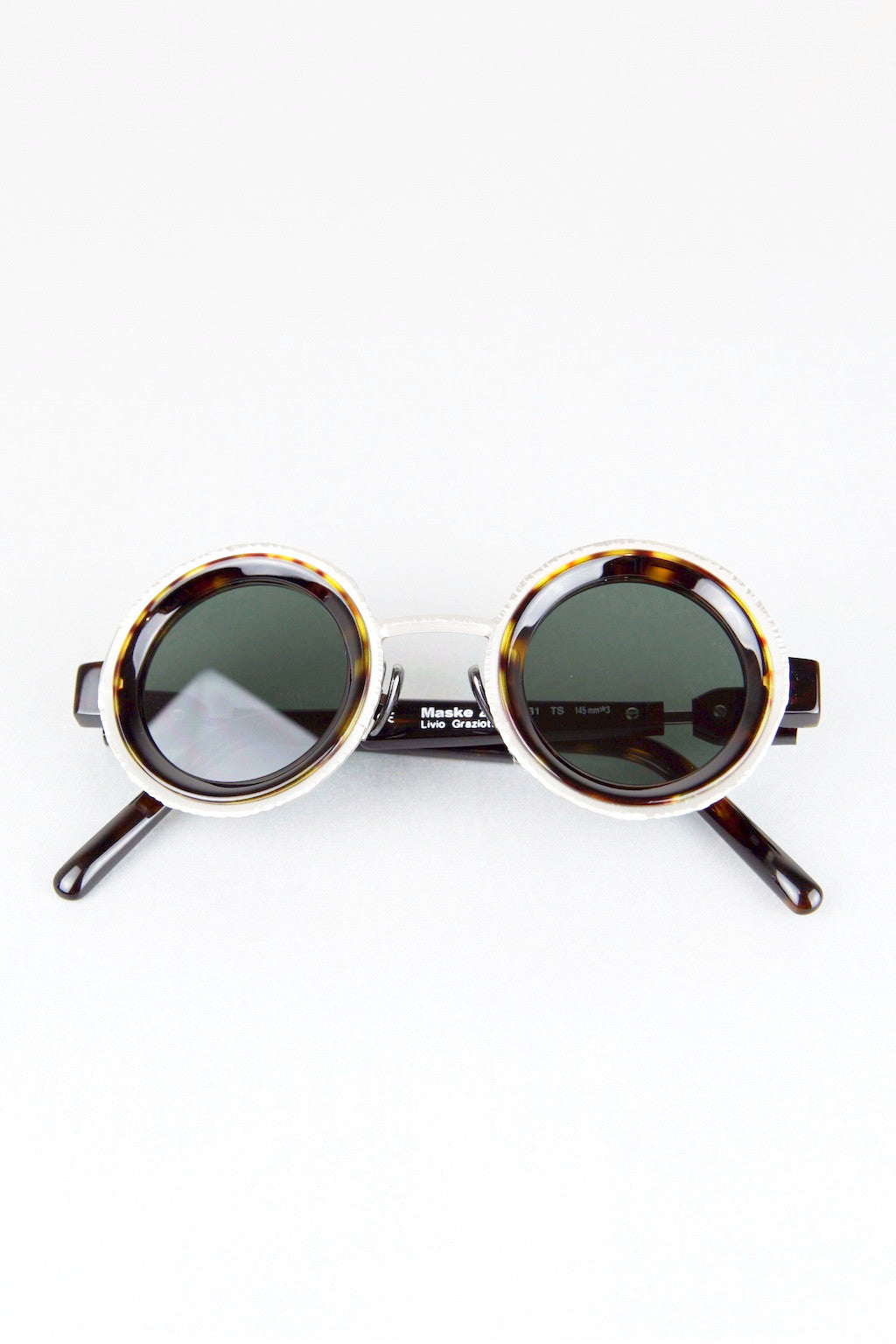 'Z3' sunglasses