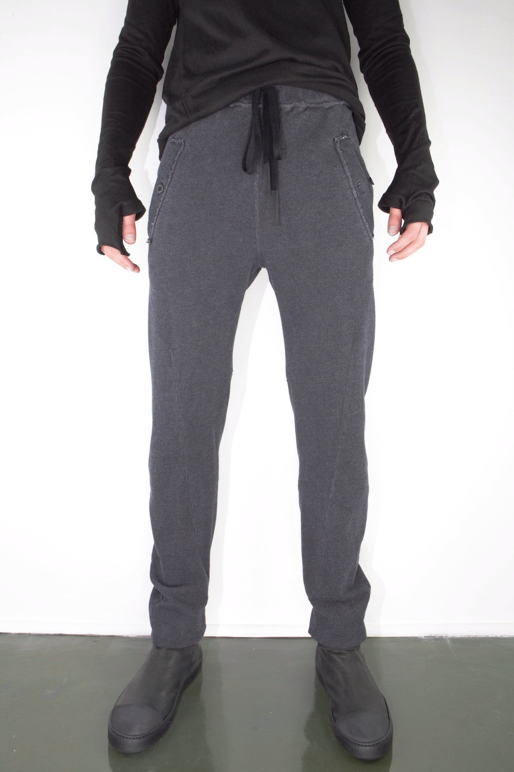 darted anatomic trouser