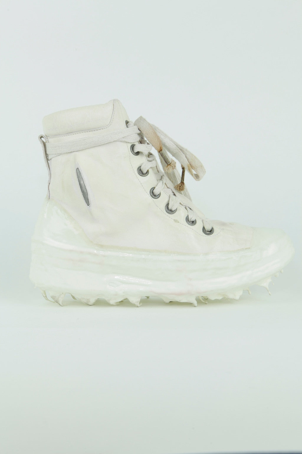 O.D. no seam prosthetic ankle driped sneakers / FE-MALE
