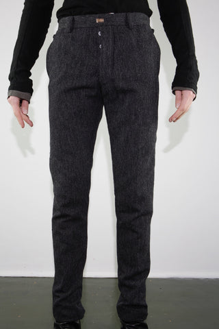 L pocket trouser
