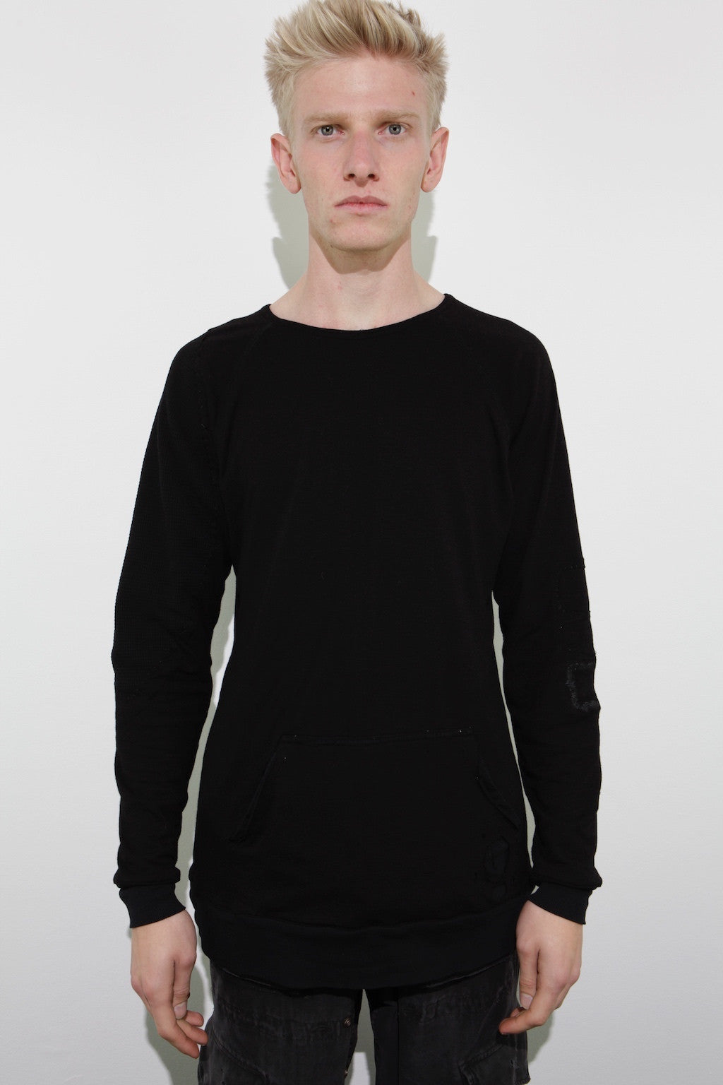 RAGLAN PULLOVER W/ POUCH AND EXPOSED SHOULDER