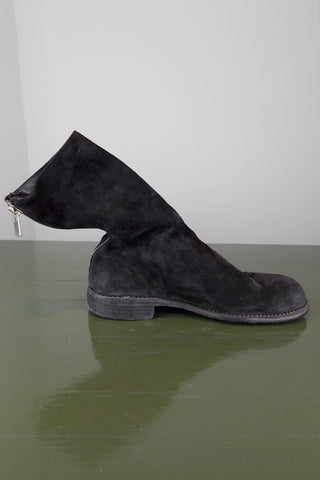 back zip boot - black