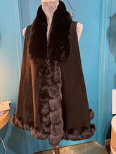 Load image into Gallery viewer, Fall Winter Wear,  Luxurious Faux Fur Vest.