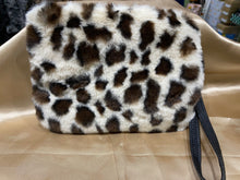 Load image into Gallery viewer, Fall Winter Wear, Faux Animal Print Bags