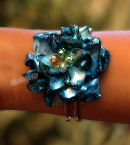 Natural Blue Shell Flower Cuff #br5004