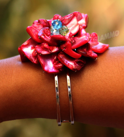 Natural Fuchsia Shell Flower Cuff #br5008
