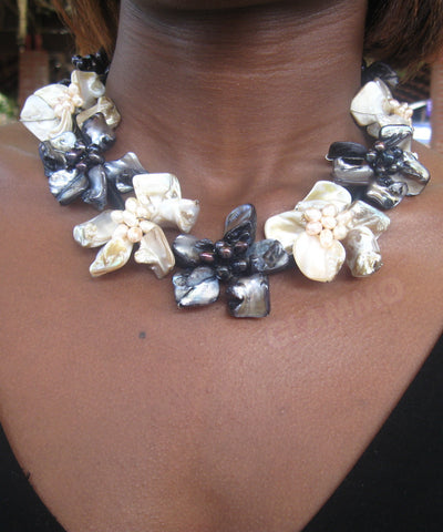 Black cream mother-of-pearl necklace #mop3005
