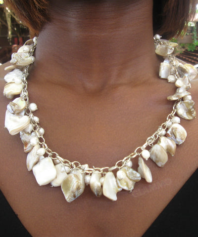 Cream chained mother-of-pearl necklace #mop3010