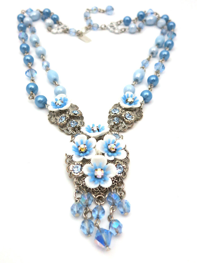Gorgeous Forget Me Not Necklace