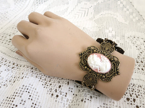 Gorgeous Pink Cameo Bracelet