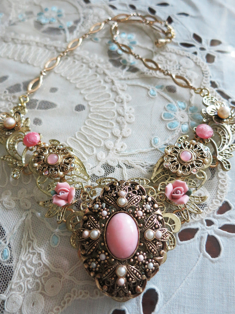 Pastel Pink with Pearls Collar Necklace