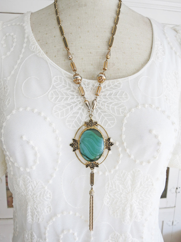 Elegant Green Tassel Necklace
