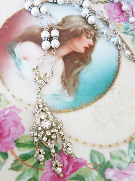Elegant Art Deco Necklace