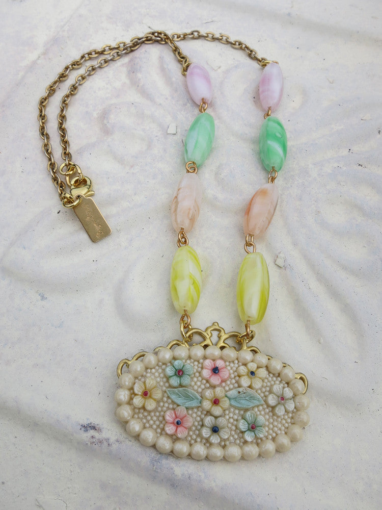 Pretty Pastel Flower Necklace