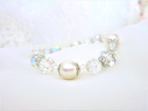 Delightful Pearl and Swarovski Crystal Bracelet