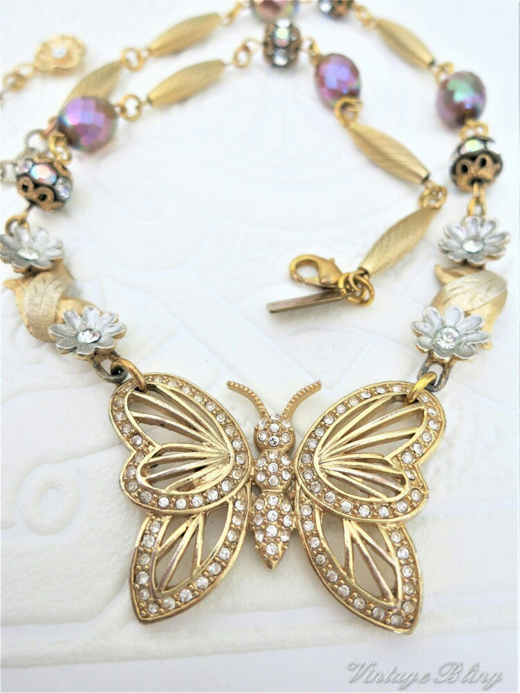Beautiful Butterfly Necklace