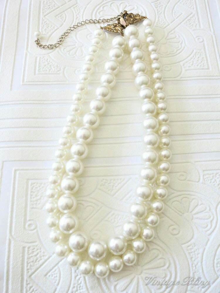 Double Strand Short Pearl Necklace