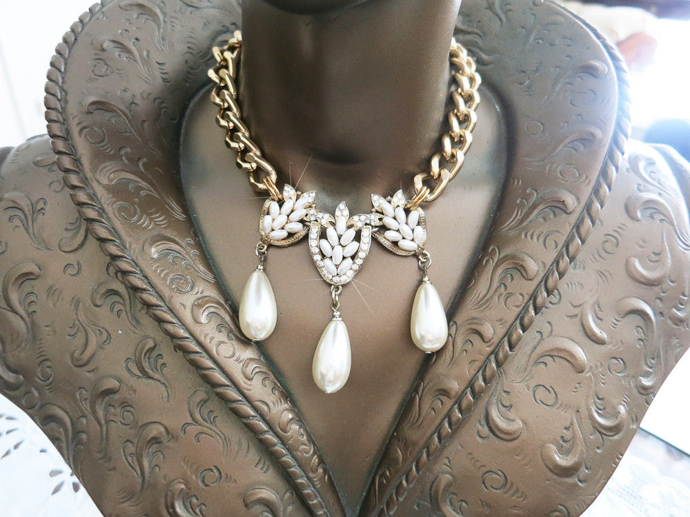 Triple Pearl Teardrop Necklace
