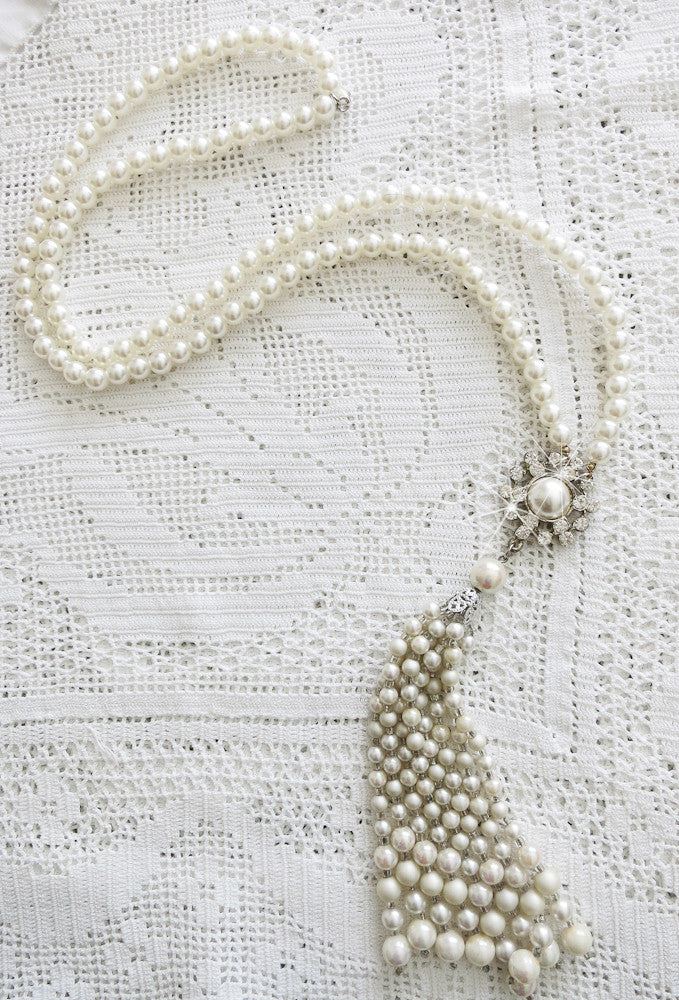 Fabulous Pearl and Rhinestone Gatsby Necklace