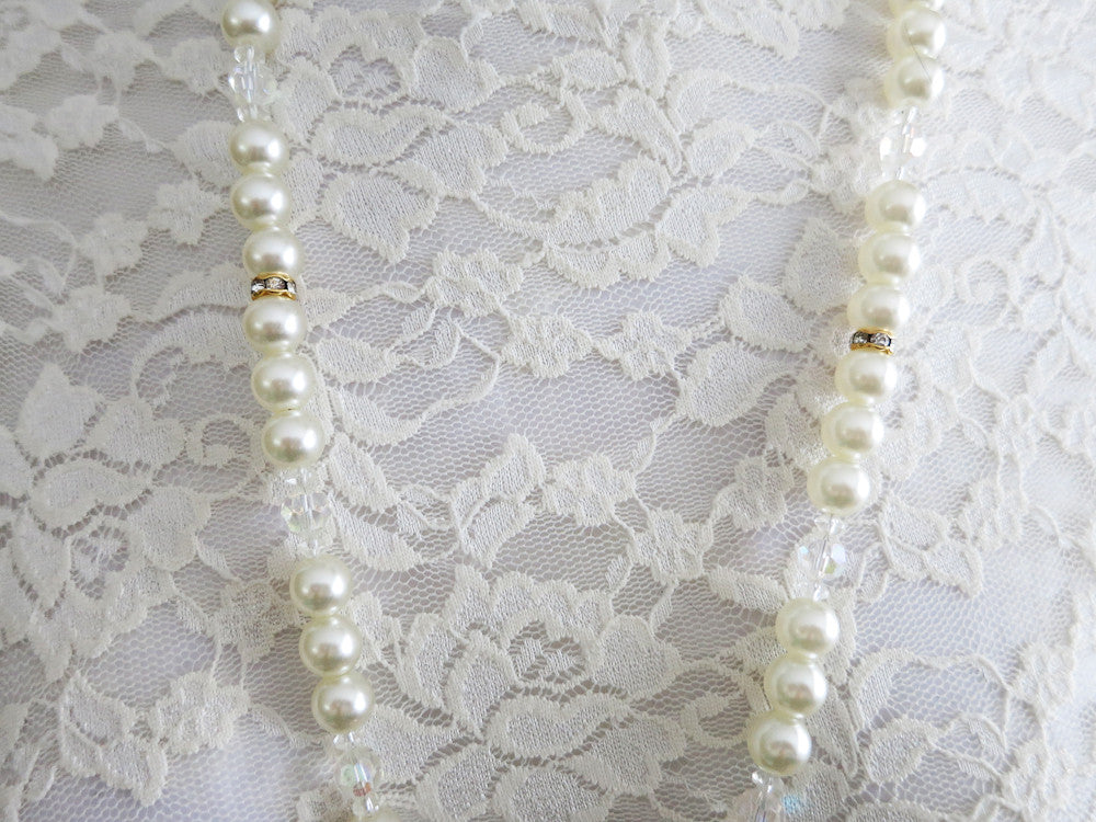 Long Elegant Pearl Necklace