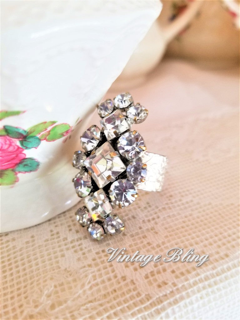 Beautiful Rhinestone Ring