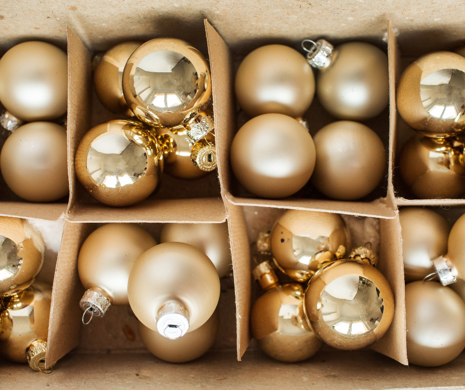 5 Tips To Organize Your Christmas Decorations