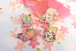 Maneki Neko Lucky Cat Pin