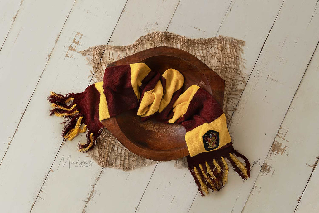 Rentals - Harry potter scarf