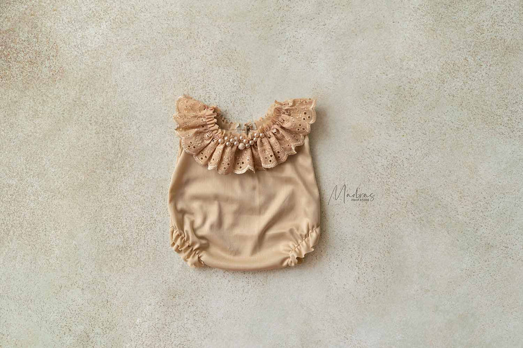 Rentals-Goldilocks 2 to 6 Month Romper