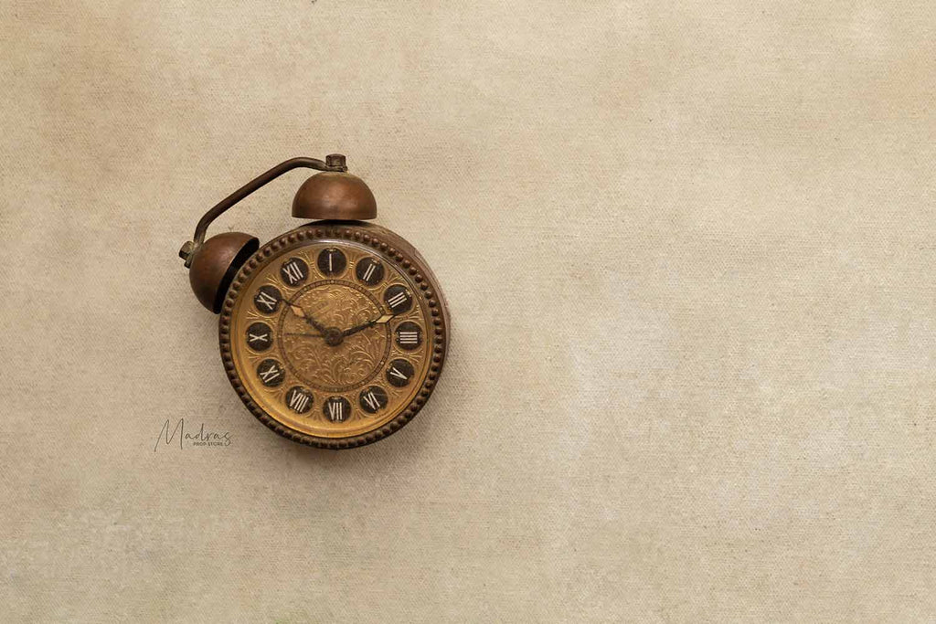 Rentals - Antique Mini Clock