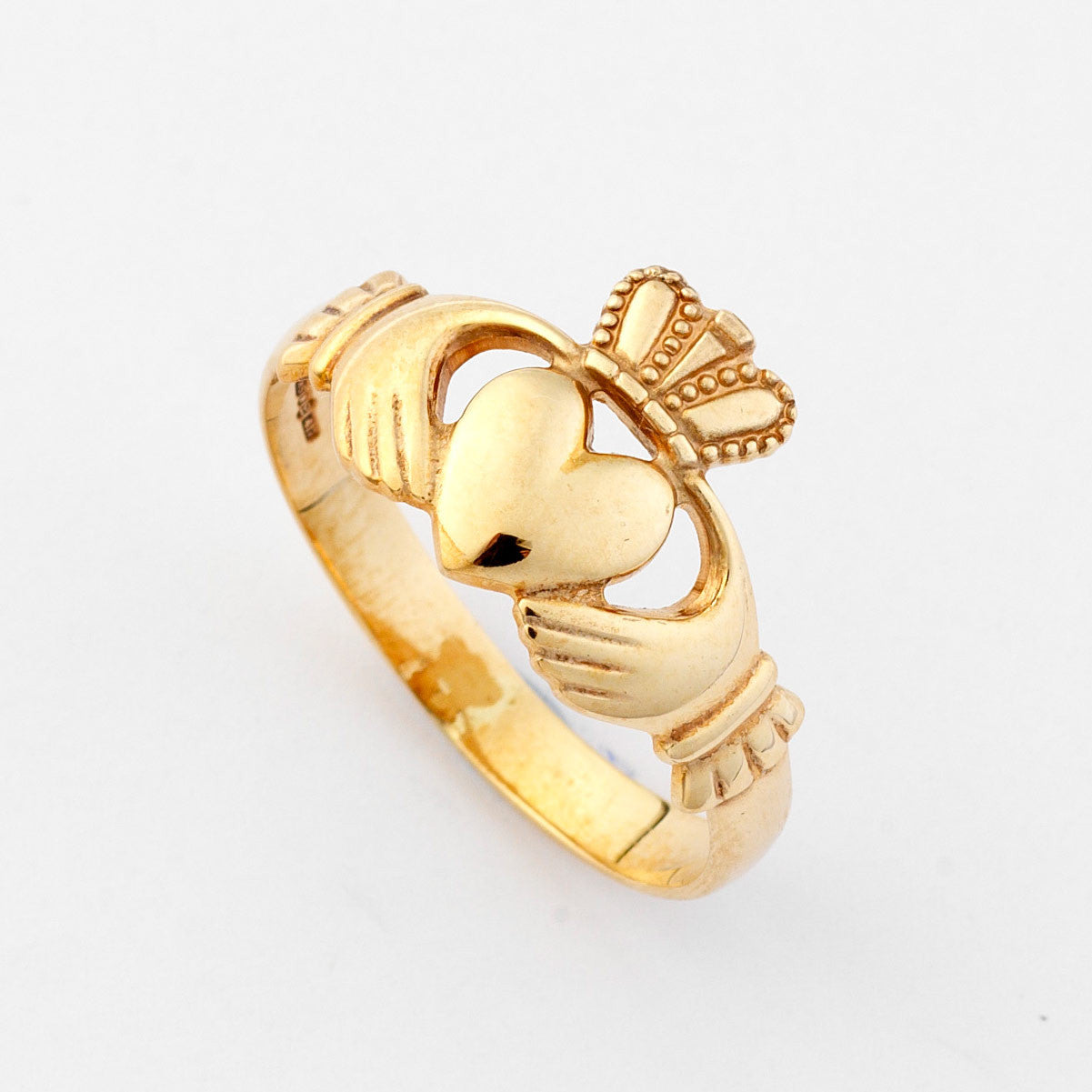 Traditional Gold Claddagh Ring